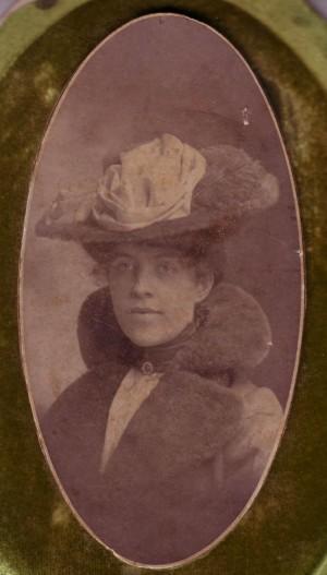 Mary Agnus Dow, ca. 1910