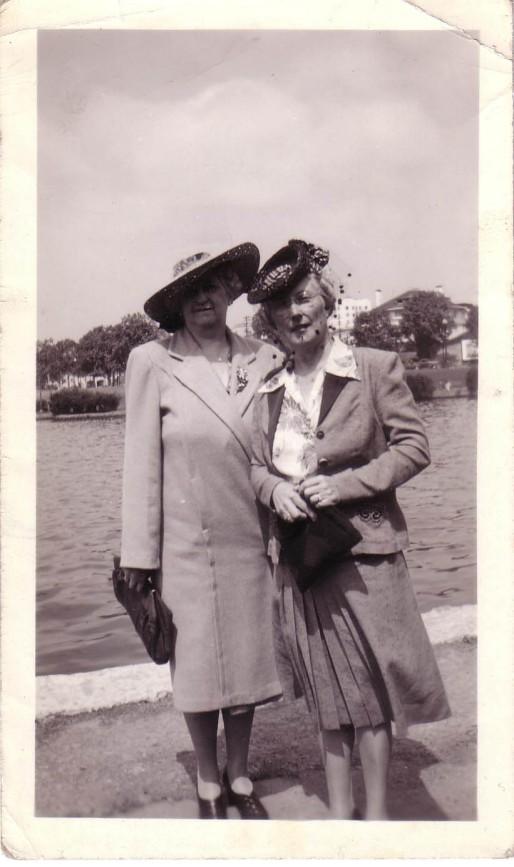Arthur and Elizabeth Huston Vacation Album, ca. 1947 Page11